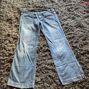 American Eagle wide leg/flare jeans